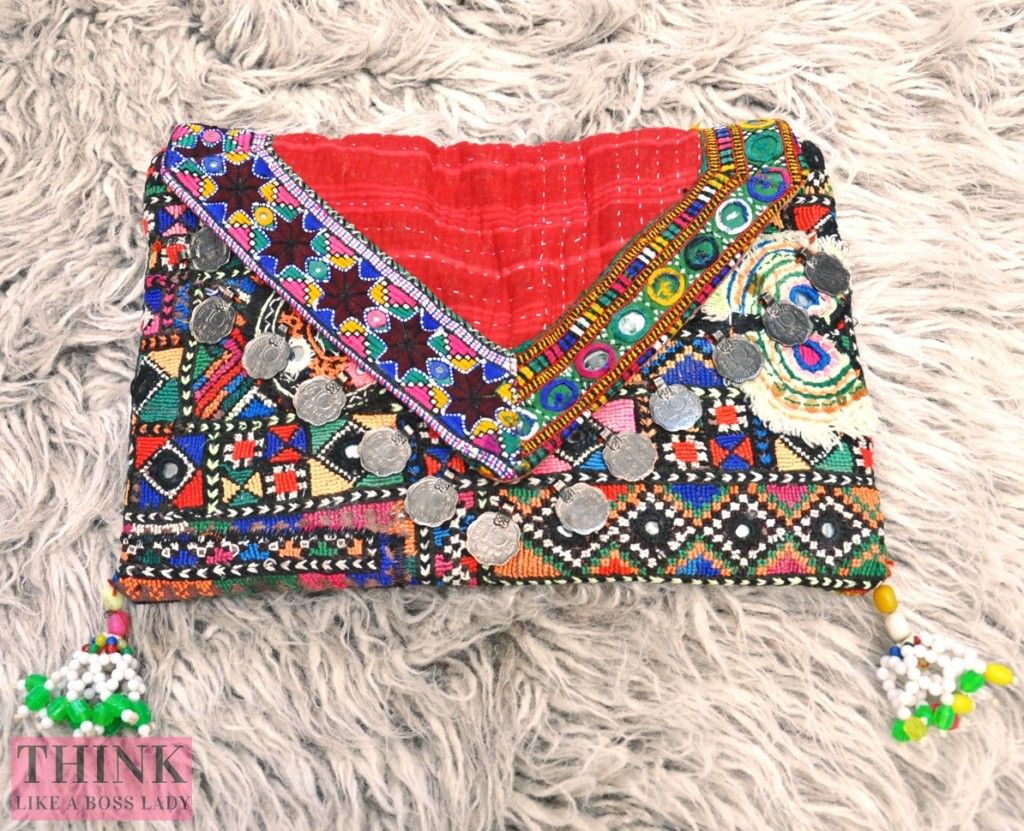 Indian Banjara Kantha Patchwork Clutch Purse | Think Like a Boss Lady, by Lisa Tufano | thinklikeabosslady.com #banjara #tribal #kantha  #fashion #fashionista #ootd