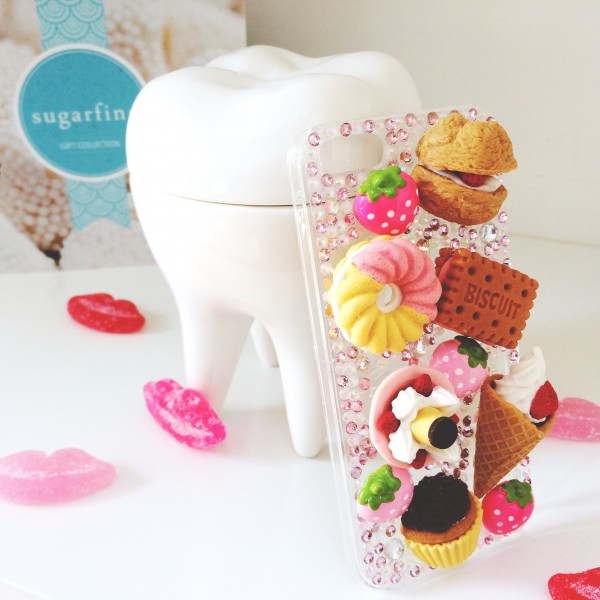 "Candy themed ""Desserts"" Kawaii decoden iPhone 5/5s cover 
