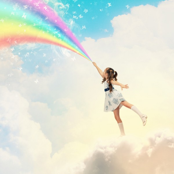 Little Girl with Rainbow | thinklikeabosslady.com